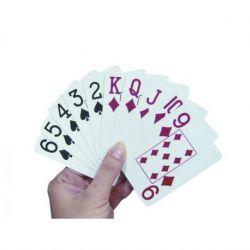 Cartas de poker con números grandes